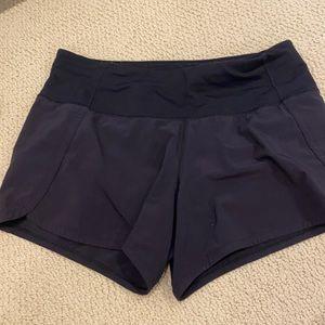 black lulu lemon speed up shorts size 4